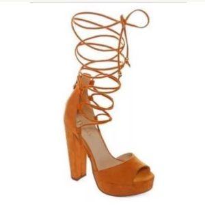 NEW N By Nicole Miller Sophia tan orange heels 9